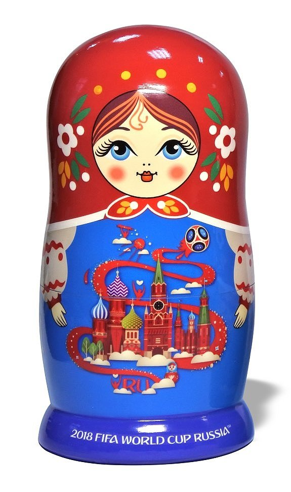 Сувениры на ЧМ 2018 по футболу, матрешки, яйца Фаберже, шкатулки, фотография
